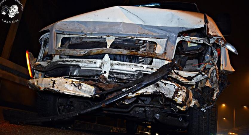 Wypadki, Zderzenie trzech samochodów [ZDJĘCIA] - zdjęcie, fotografia