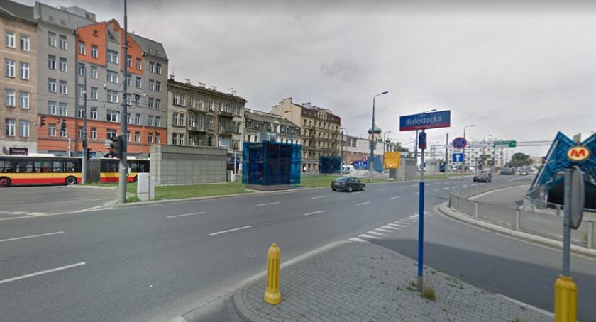 Wypadki, Samochód wjechał windę metra Targowej - zdjęcie, fotografia