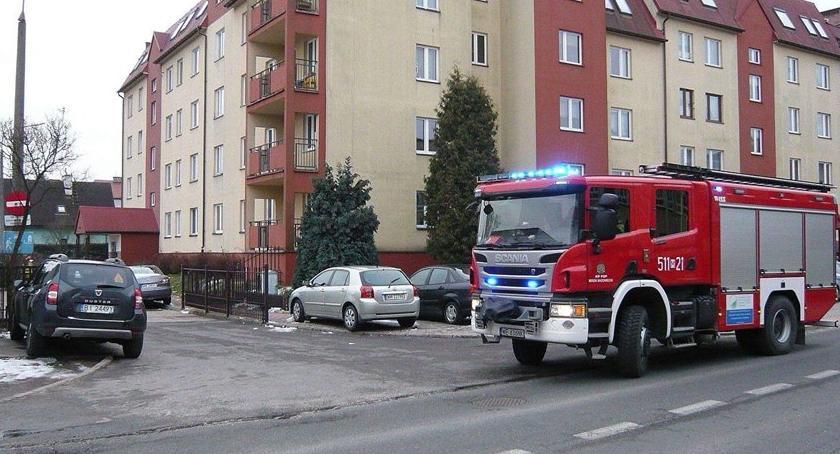 Bezpieczeństwo, Zwłoki czteroosobowej rodziny znalezione mieszkaniu - zdjęcie, fotografia