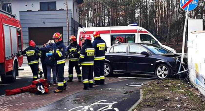 Wypadki, osoby ranne wypadku [ZDJĘCIA] - zdjęcie, fotografia