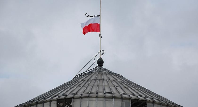 NEWS, Żałoba narodowa czwartku soboty - zdjęcie, fotografia