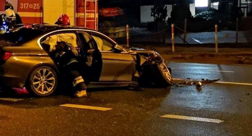 Wypadki, Wypadek skrzyżowaniu Jerozolimskich Ryżową - zdjęcie, fotografia