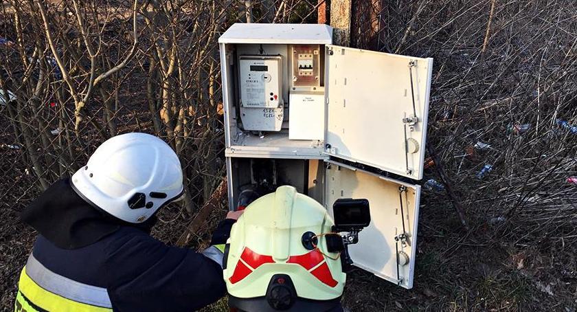 Pożary, Pożar skrzynki elektrycznej - zdjęcie, fotografia