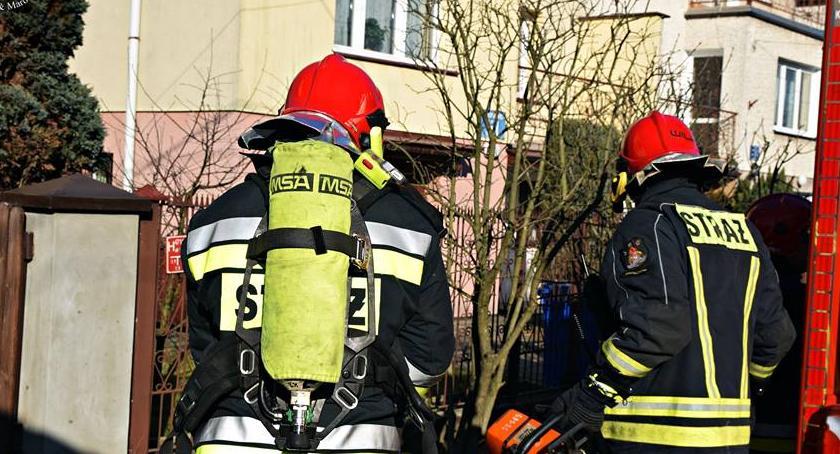 Pożary, Pożar jednorodzinnego - zdjęcie, fotografia