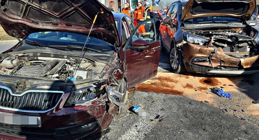 Wypadki, Jedna osoba ranna wypadku Jankach [ZDJĘCIA] - zdjęcie, fotografia