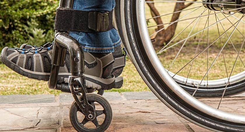 NEWS, protest niepełnosprawnych rodzin Warszawie - zdjęcie, fotografia