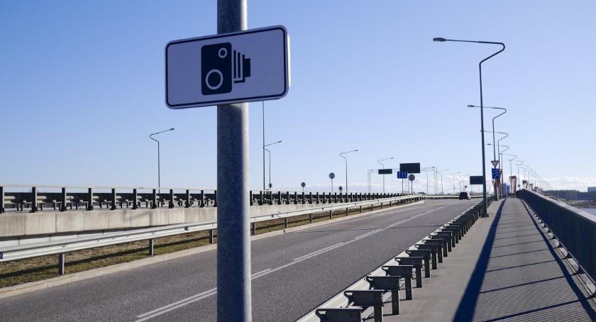 Ulice – place , Fotoradar znowu zmienia położenie Kiedy będzie aktywny - zdjęcie, fotografia