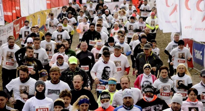 Biegi - maratony, Tropem Wilczym Warszawa [ZDJĘCIA] - zdjęcie, fotografia