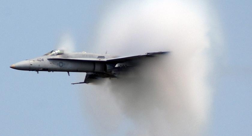 Wypadki, Wojskowy samolot rozbił powiecie węgrowskim - zdjęcie, fotografia
