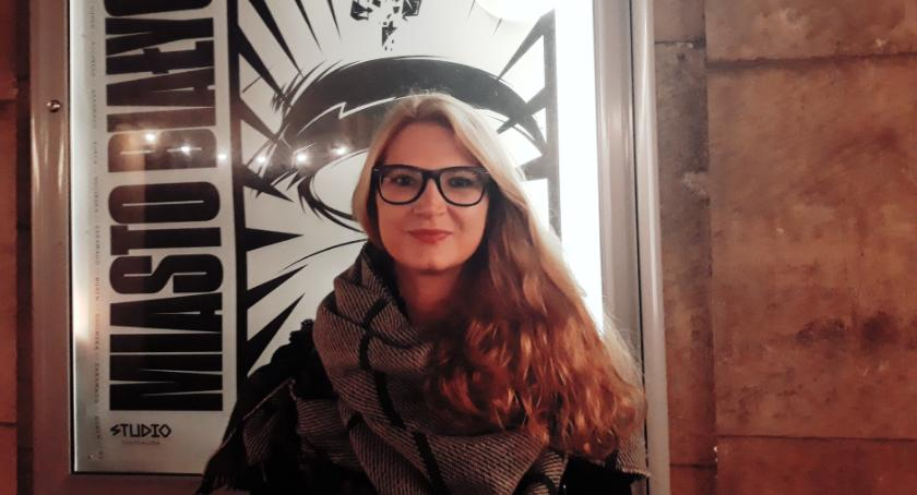 Ludzie PKiN, Poznajcie Sarę - zdjęcie, fotografia