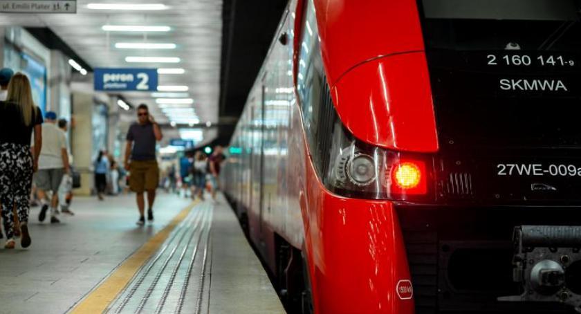 Koleje Mazowieckie, dzisiaj utrudnienia trasie Rembertowa komunikacja zastępcza - zdjęcie, fotografia