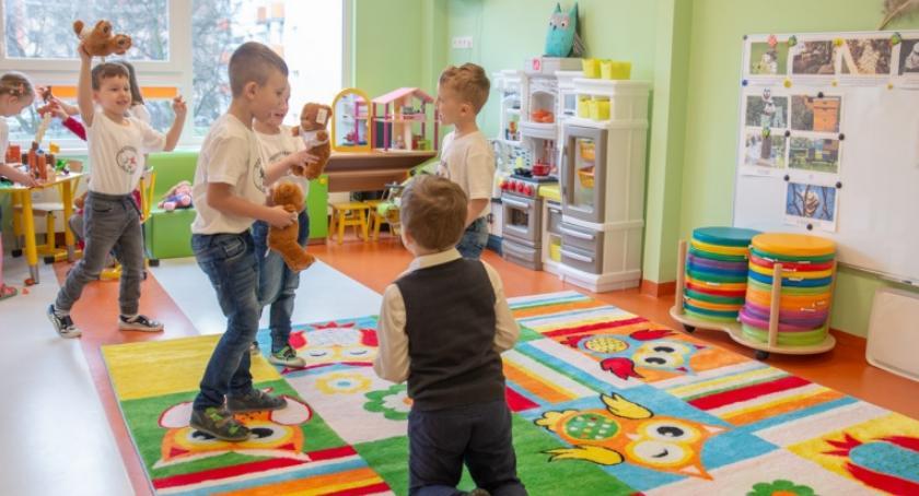 Edukacja, Kolejne modułowe przedszkole wybudowane miesiące - zdjęcie, fotografia