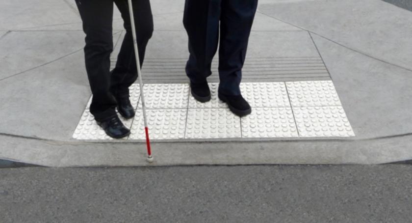 Wystawy, ścieżka edukacyjna niewidomych - zdjęcie, fotografia