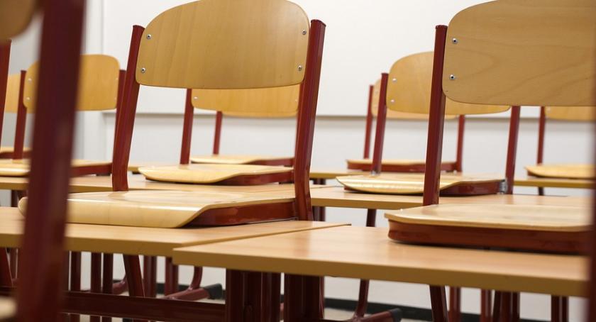 NEWS, nauczycieli strajku Widmo kryzysu kwietnia coraz bliżej - zdjęcie, fotografia