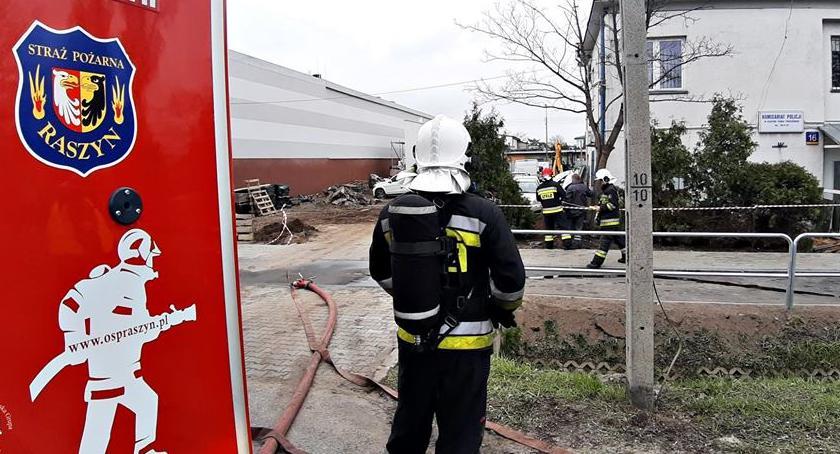 Wypadki, Koparka uszkodziła gazociąg - zdjęcie, fotografia