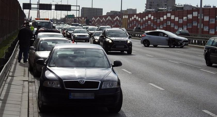 Wypadki, Karambol trasie Siekierkowskiej [ZDJĘCIA] - zdjęcie, fotografia