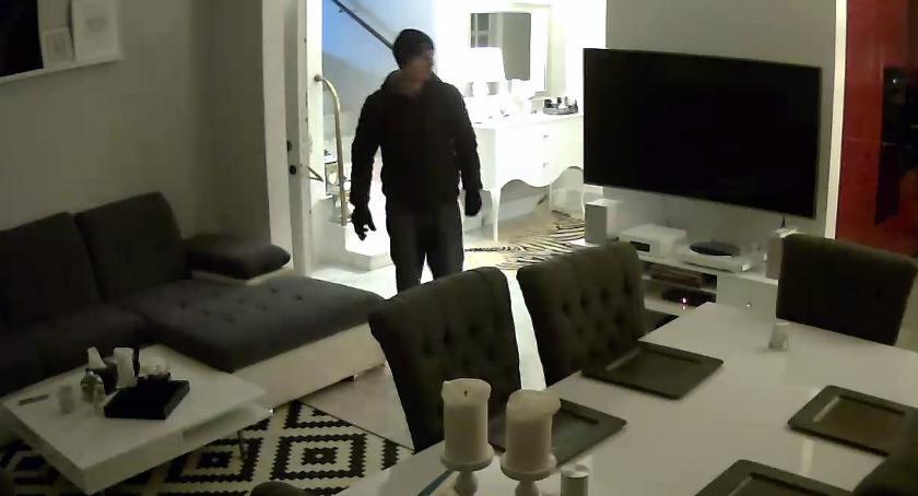 Kradzieże i Rozboje, Włamał mieszkania Szuka policja - zdjęcie, fotografia