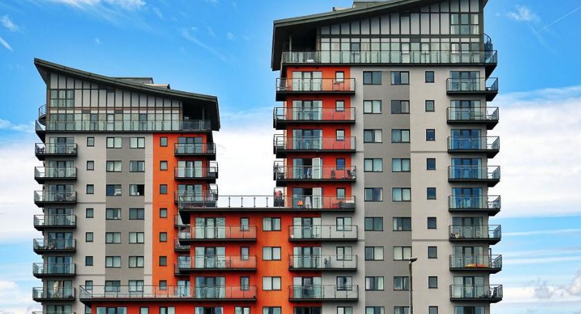 Handel i usługi, Kupujemy mieszkanie mały poradnik - zdjęcie, fotografia