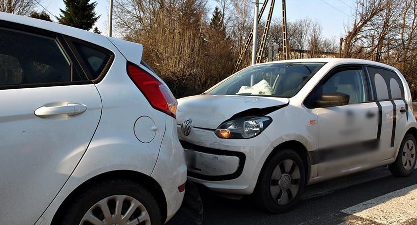 Wypadki, Znowu zachowania bezpiecznej odległości - zdjęcie, fotografia
