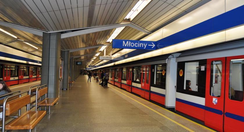 Metro, Warszawskie metro - zdjęcie, fotografia