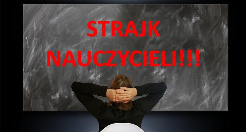 Protesty i manifestacje, Strajk nauczycieli Większość szkół Warszawie pozamykana - zdjęcie, fotografia