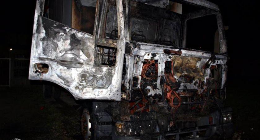 Pożary, Pożar samochodu dostawczego [ZDJĘCIA] - zdjęcie, fotografia