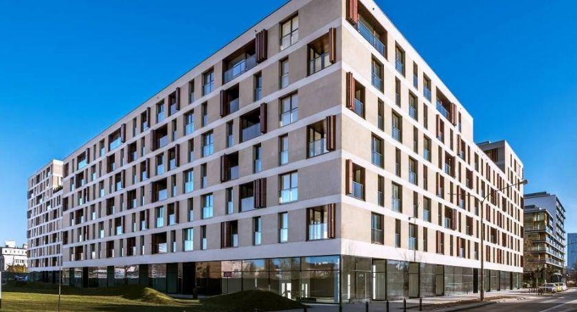 Inwestycje, Warszawska dzielnicy robotniczej najbardziej pożądanego adresu stolicy - zdjęcie, fotografia