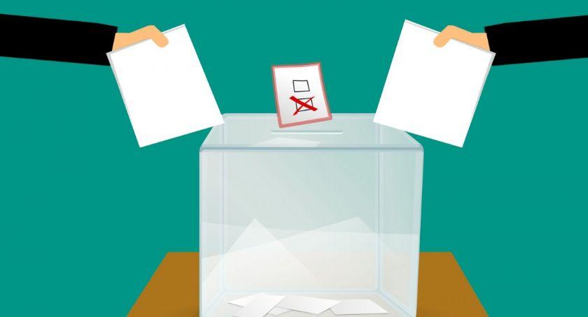 NEWS, rozlosowała numery wyborczych - zdjęcie, fotografia