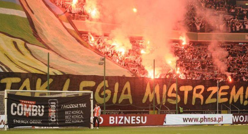 Legia Warszawa, Legia przegrywa Piastem Gliwice Walka mistrzostwo cały otwarta [ZDJĘCIA] - zdjęcie, fotografia