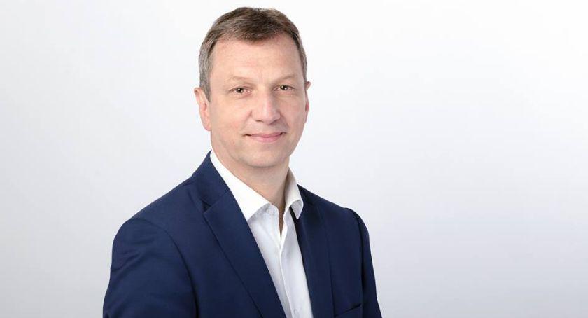 Polityka, Andrzej Halicki Zwykli obywatele mogą płacić błędy polityków - zdjęcie, fotografia