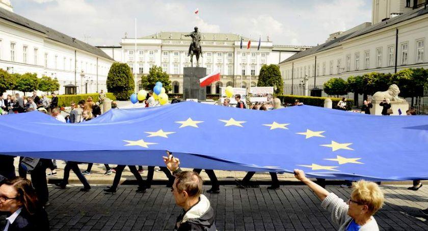 Protesty i manifestacje, Parada Schumana [ZDJĘCIA] - zdjęcie, fotografia