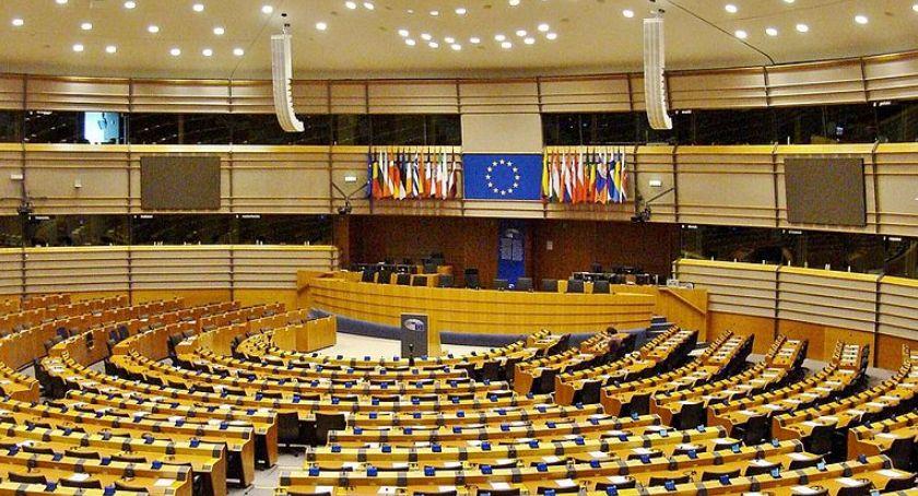 Polityka, niedzielę wybory Parlamentu Europejskiego jakich godzinach głosować - zdjęcie, fotografia