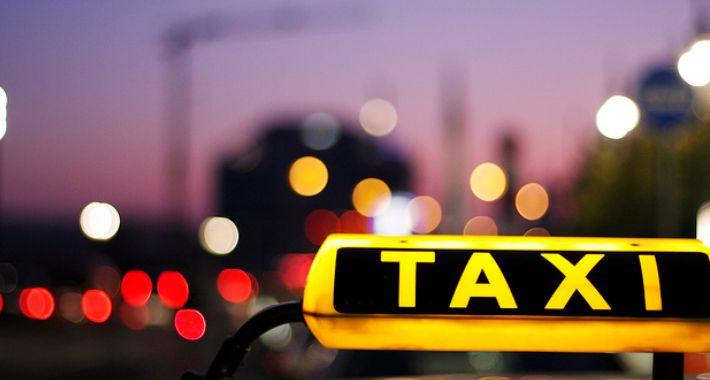 Taksówki, zostać taksówkarzem Warszawie kroku - zdjęcie, fotografia