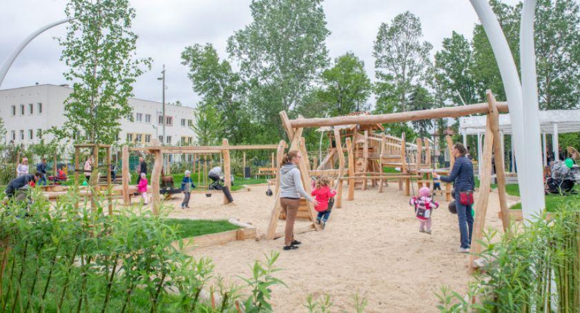 Zieleń - parki, EkoPark Ursusie otwarty - zdjęcie, fotografia