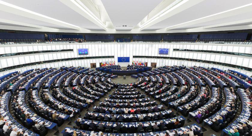 Polityka, Powyborcze podsumowanie Obywatele zawstydzili polityków - zdjęcie, fotografia