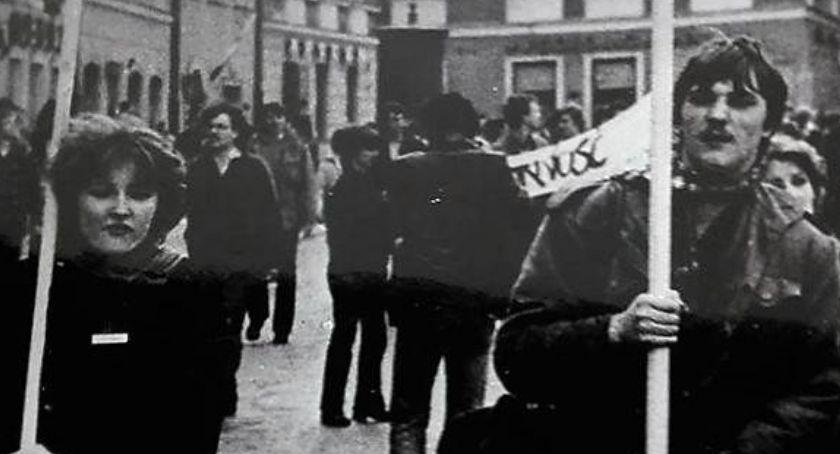 Historia Warszawy, czerwca Zwycięstwo Solidarności - zdjęcie, fotografia