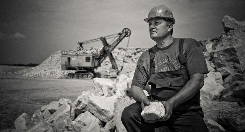 Protesty i manifestacje, Warszawie protestują górnicy Sprzeciwiają odwołaniu swojego prezesa - zdjęcie, fotografia