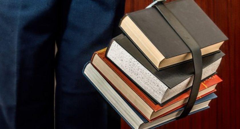 NEWS, Zmieniono wyniki egzaminu gimnazjalistów - zdjęcie, fotografia