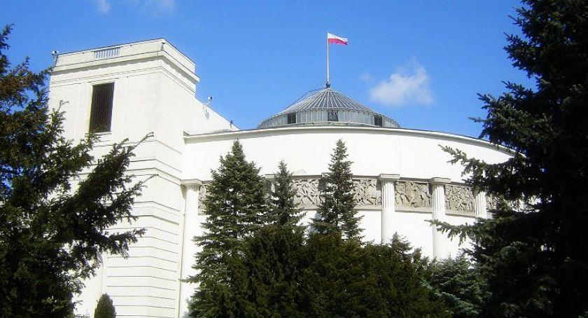 Polityka, wyborach Sejmu popieram [NASZA SONDA] - zdjęcie, fotografia
