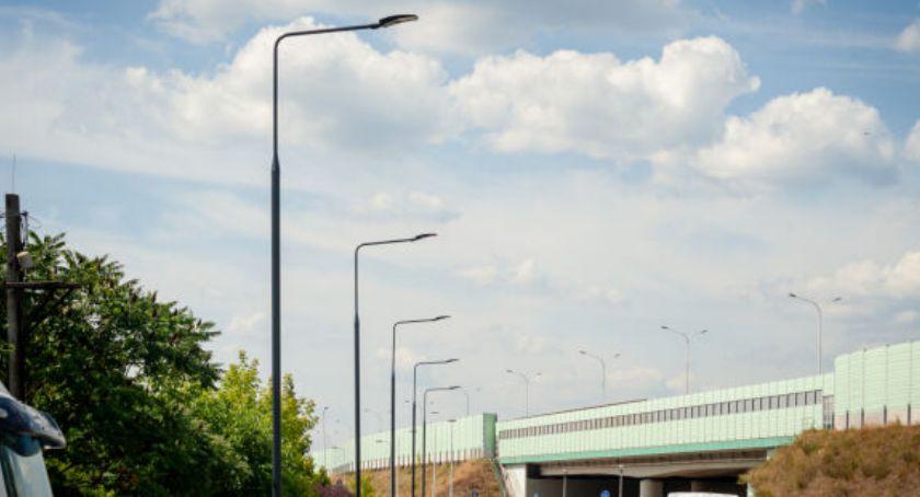Remonty, dwóch dzielnicach doświetlają ulice - zdjęcie, fotografia