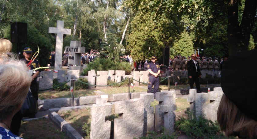 Historia Warszawy, rocznica Powstania Warszawskiego Cmentarzu Wojskowym Powązkach - zdjęcie, fotografia