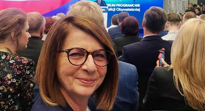 NEWS, Awantura stoiska Julia Pitera porzuciła Platformę Obywatelską przed wyborami - zdjęcie, fotografia