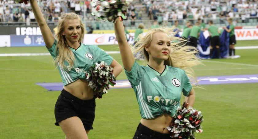 Legia Warszawa, Legia pokonuje Zagłębie Teraz Rangers - zdjęcie, fotografia