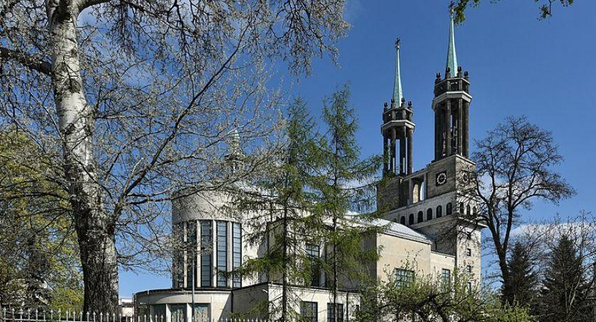 Religia - kościoły - święta, Gądecki obraża pamięć Popiełuszce Jędraszewski wpisuje retorykę - zdjęcie, fotografia