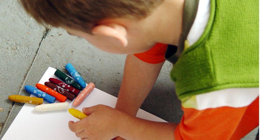 Edukacja, Armagedon warszawskich szkołach właśnie zaczyna… - zdjęcie, fotografia