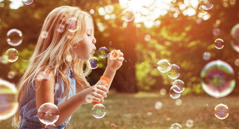 Handel i usługi, Dzieci mieście sprawić wakacje trwały odrobinę dłużej - zdjęcie, fotografia