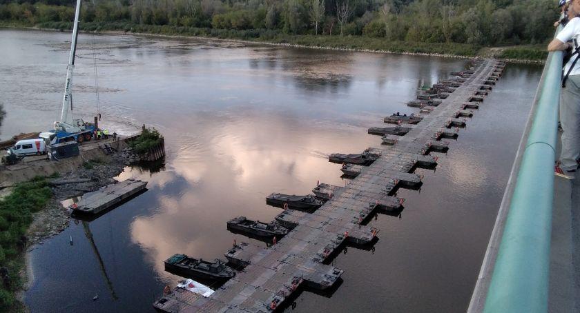 NEWS, Budowa mostu pontonowego skończona [ZDJĘCIA] - zdjęcie, fotografia