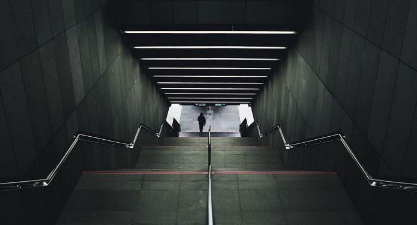 Metro, Metro Targówku Zobaczmy kiedy otwarcie nowych stacji - zdjęcie, fotografia