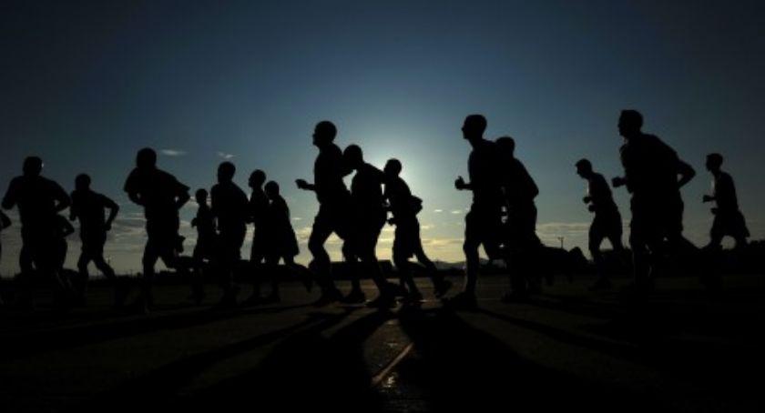 Bezpieczeństwo, Śmiertelny wypadek Nocnym Półmaratonie Praskim - zdjęcie, fotografia