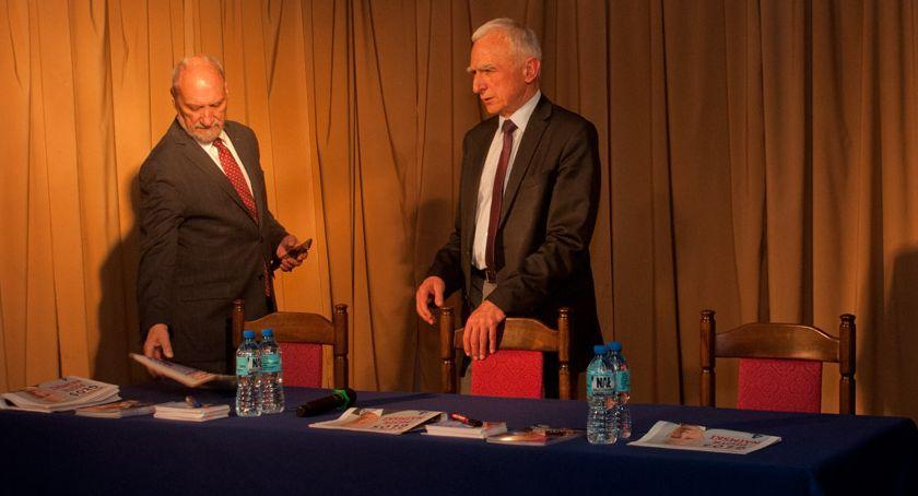 Spotkanie z Piotrem Naimskim w Ursusie